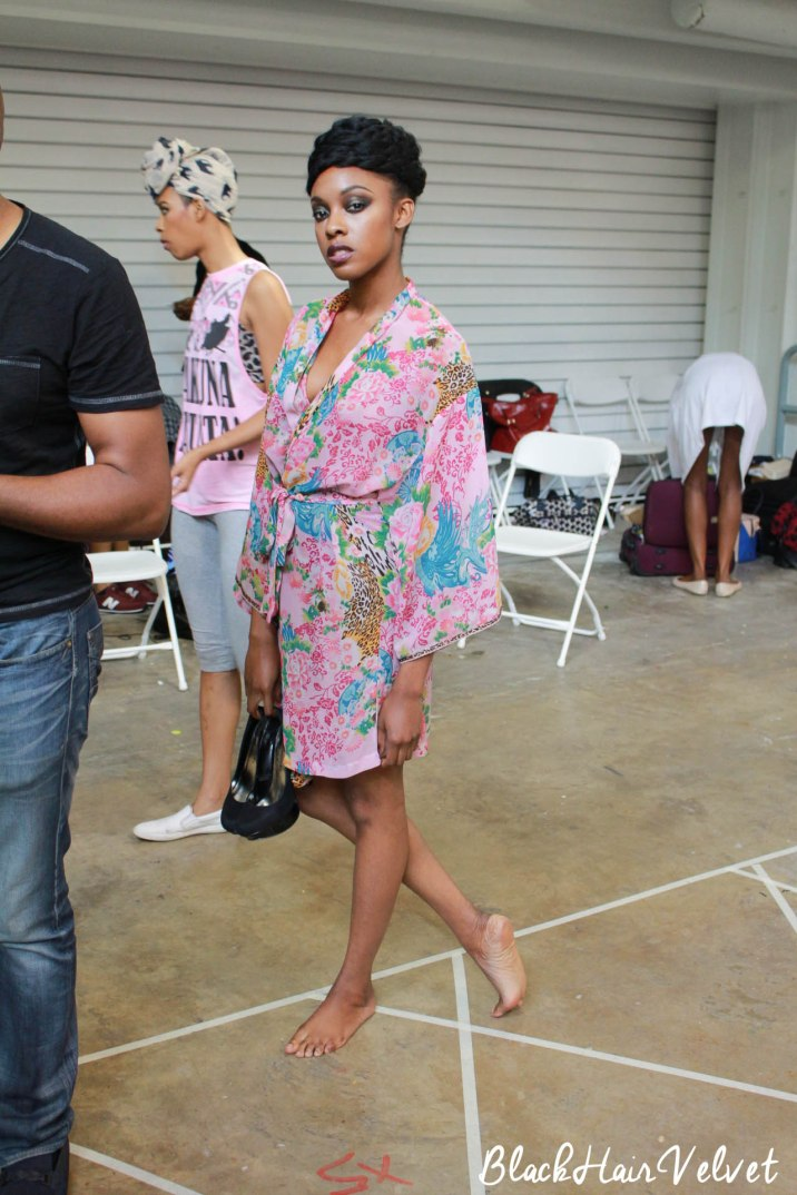 AFWL 2015 BlackHairVelvet Motions-16